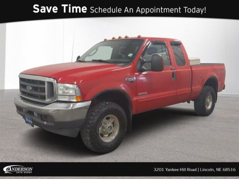 Pre-Owned 2004 Ford Super Duty F-250 Lariat